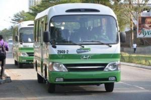 2204-37558-cote-d-ivoire-la-sotra-met-en-circulation-26-minibus-dotes-du-wifi-dans-la-commune-de-cocody_L