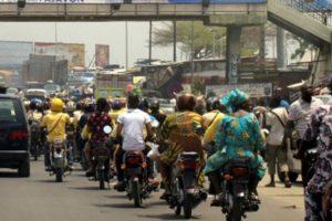 5015244_3_73f7_trafic-routier-sur-une-avenue-de-cotonou-en_66927f7ea7fd6a4b6d9acaffd1ac8029