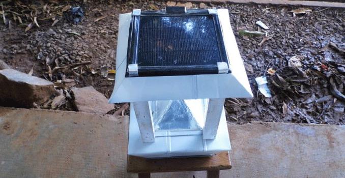 madagascar des jeunes inventeurs cr ent une lampe. Black Bedroom Furniture Sets. Home Design Ideas