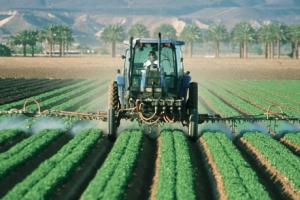 agriculture-tracteur-ferme