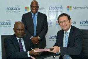 2501-44203-microsoft-et-ecobank-aideront-les-gouvernements-africains-a-transformer-leurs-villes-en-cyber-cites_M