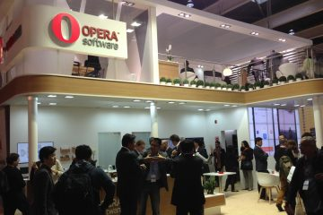 opera-software-stand