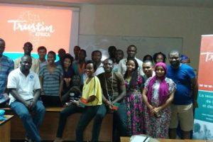 photo-trustin-africa-etudiants-jeunes-diploms-592x296
