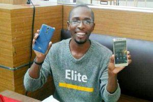 Un-haitien_lance_sa_marque_de_telephone